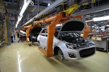 Российский автопром вновь пошел в рост