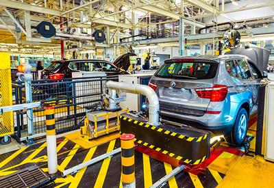 Пьяные рабочие нанесли миллионный ущерб заводу BMW
